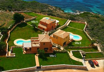 5 bedroom Villa for rent in Skala