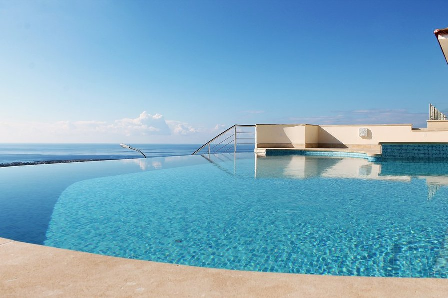 Beau View Apartment-Peyia Village