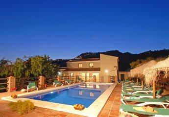 5 bedroom Villa for rent in Comares
