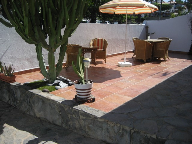 Apartment in Spain, Fanabe: Sunny and private front terrace