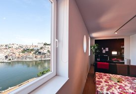 THE BEST VIEW OF THE CITY OF PORTO AND DOURO RIVER