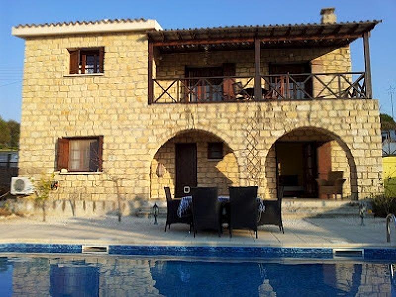 Villa in Cyprus, Paphos: Villa Alexandros - Rear & pool View
