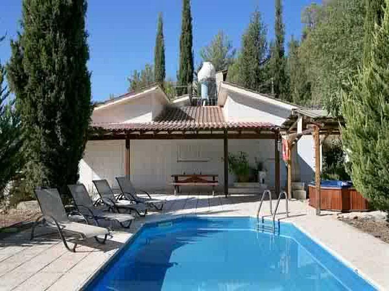 Villa in Cyprus, Miliou: Villa Levandah