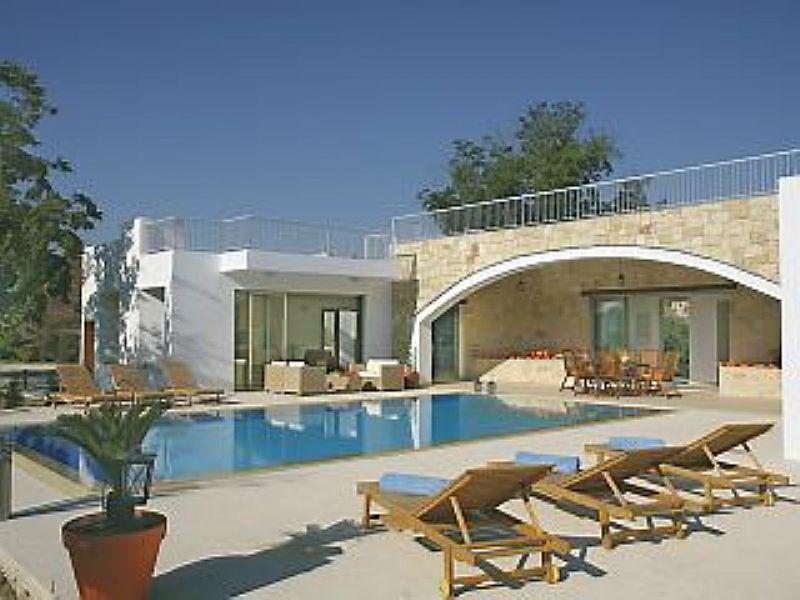 Villa in Cyprus, Miliou: Villa Zoe - Rear & pool view