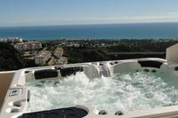 Penthouse_apartment in Spain, Calahonda: Private Jacuzzi and View!