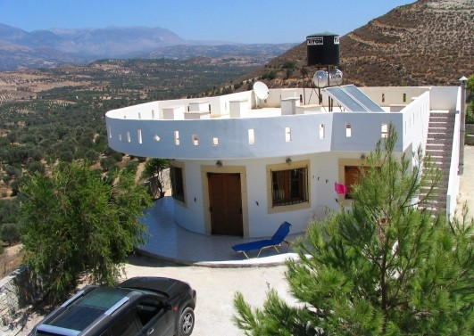 Villa in Greece, Tympáki