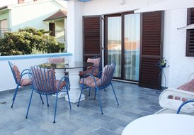 Newly equipped apartment near the sea 7460-03
