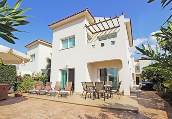 3 bedroom Villa for rent in Ayia Triada