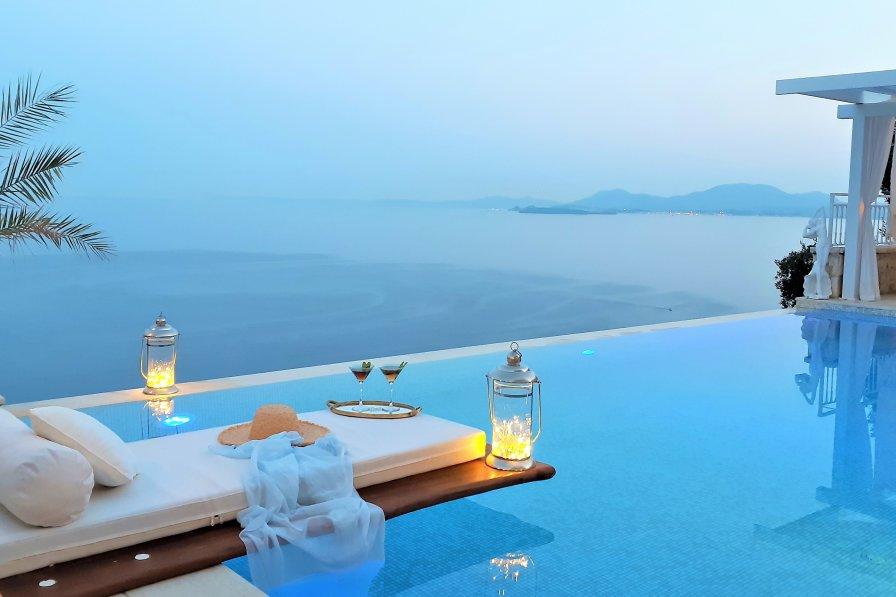 Villa in Greece, Kalami