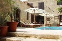 Country_house in Cyprus, Tochni: next door pool