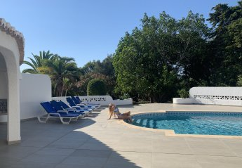 5 bedroom Villa for rent in Praia da Luz