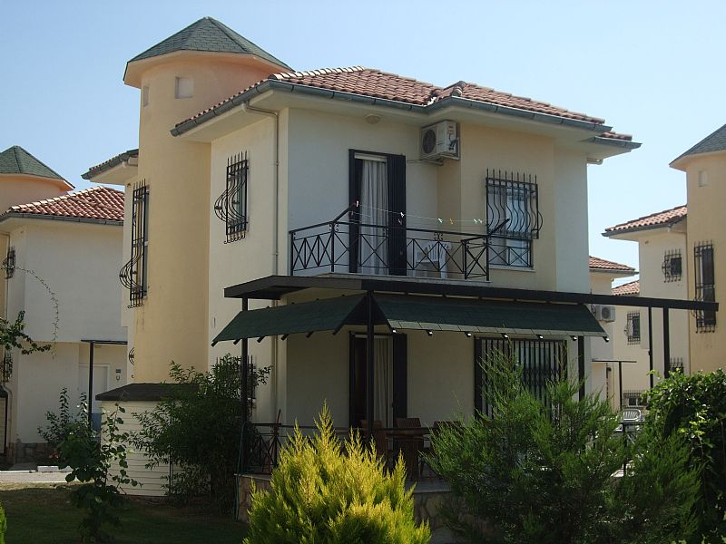 Villa in Turkey, Silver Sand Beach: Villa and garden