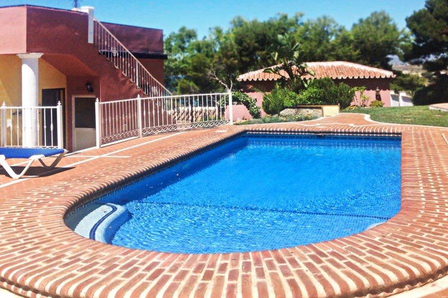 Villa in Spain, Vélez-Málaga: Outdoor private Pool