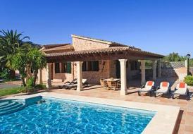 Villa C'an Justo