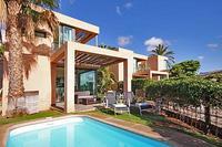Villa in Spain, Gran Canaria: Picture 1 of Villa Lagos 3
